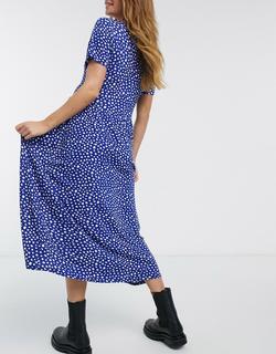 Wednesday's Girl - Zwangerschapskleding - Aangerimpelde midi-jurk met vlekjesprint-Marineblauw