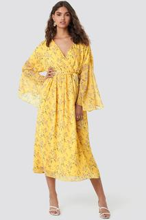 Big Sleeve Belted Maxi Dress