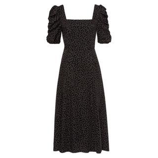 Ruffled mouwen jurk