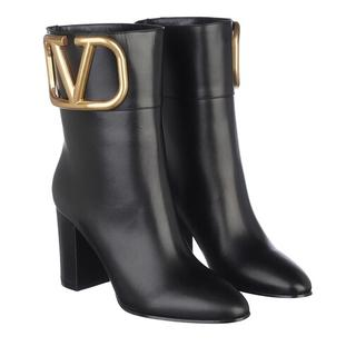 - V Logo Ankle Boots Leather in zwart voor dames