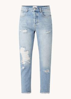 High waist slim fit cropped mom jeans met ripped details