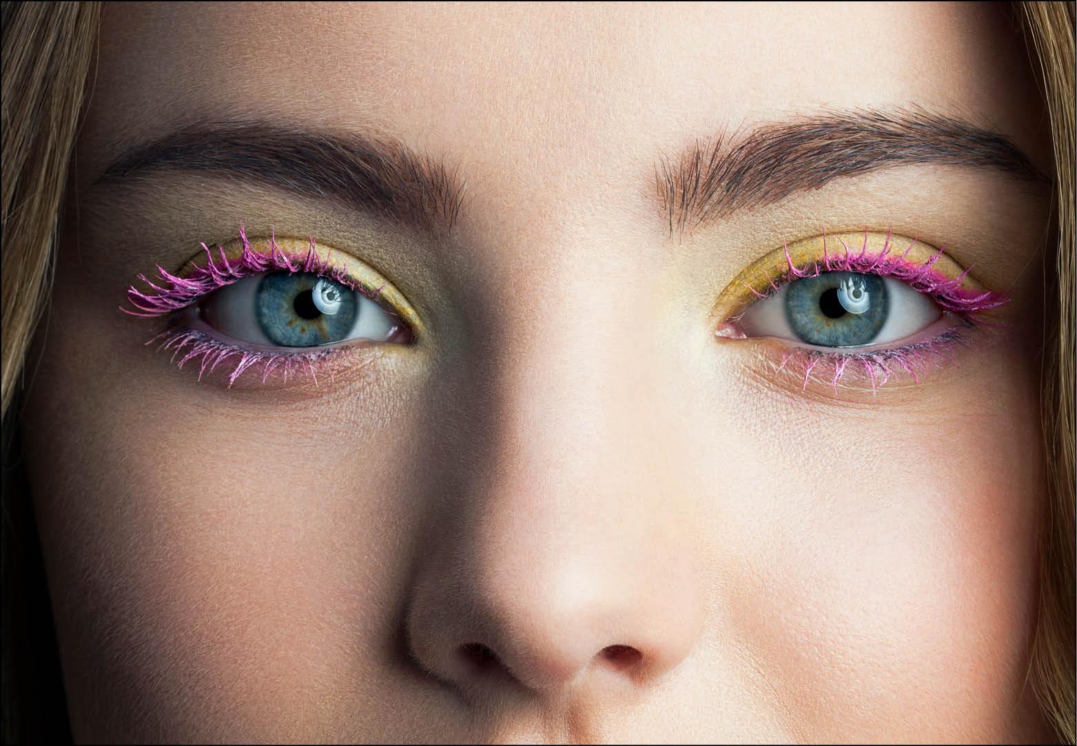 Deze gekleurde mascara past bij jouw ogen