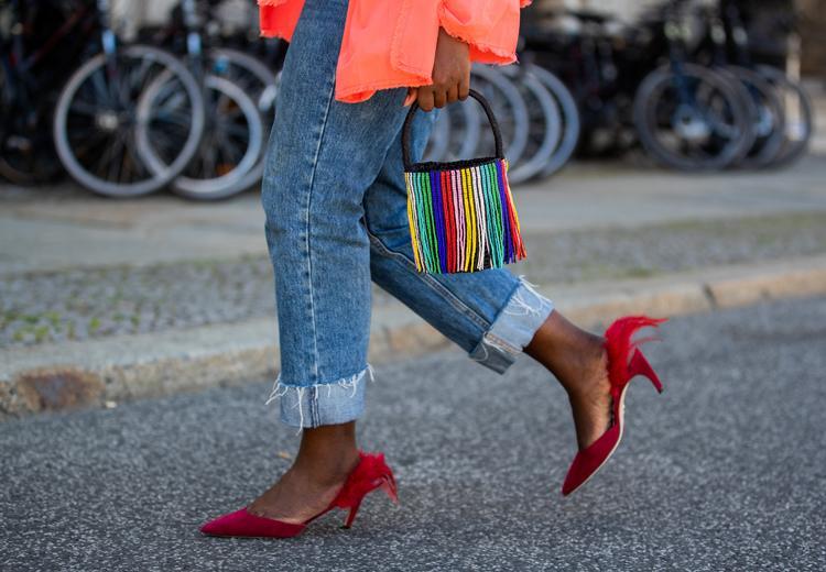 Dit zijn de vijf jeans trends van herfst / winter 2020/2021