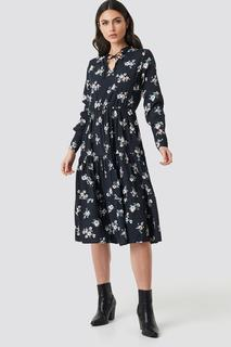 Front Keyhole Flounce Midi Dress