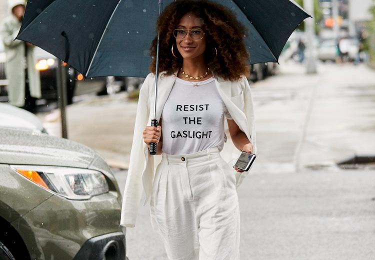 Dit is waarom wit een belangrijke modekleur is