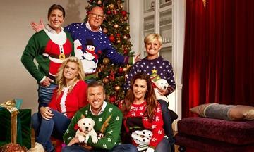 Win deze kerst miljoenen in je foute kersttrui