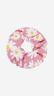 Roze scrunchie met bloemen