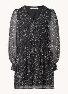 Mini jurk met bloemenprint en semi-transparante mouw