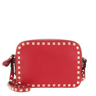 Crossbody bags - Rockstud Camera Crossbody Bag in rood voor dames
