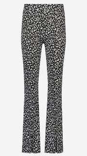 Flared broek met luipaardprint en splitjes
