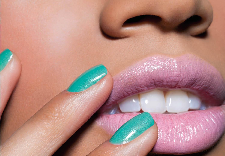 Zo creëer je 'kissable lips' voor de summer of love
