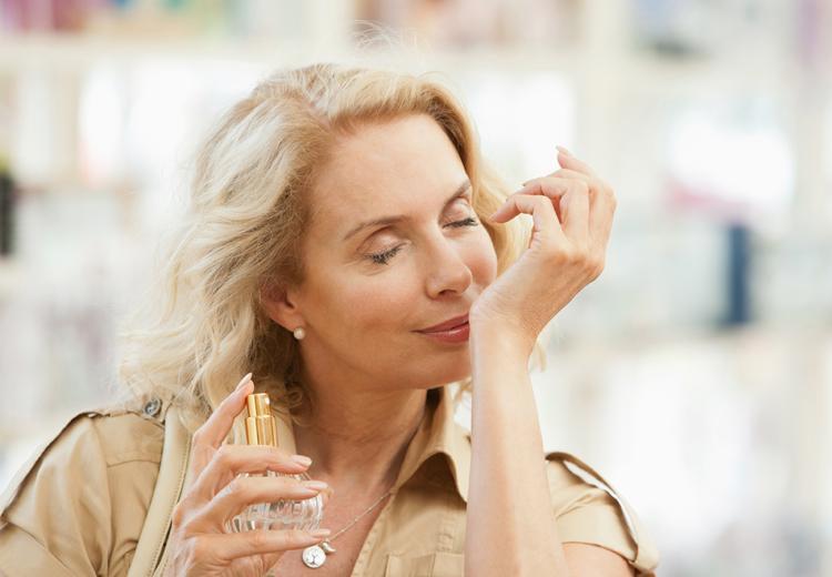 Dit zijn de 10 populairste parfums voor dames