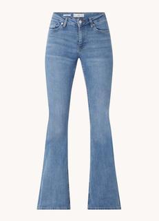 Flare mid waist flared jeans met medium wassing