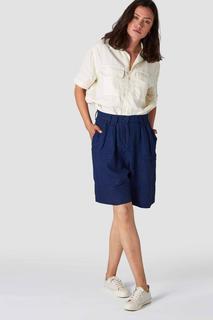 YURIKO Shorts Women