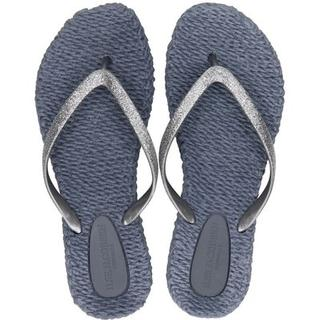 Cheerful slippers